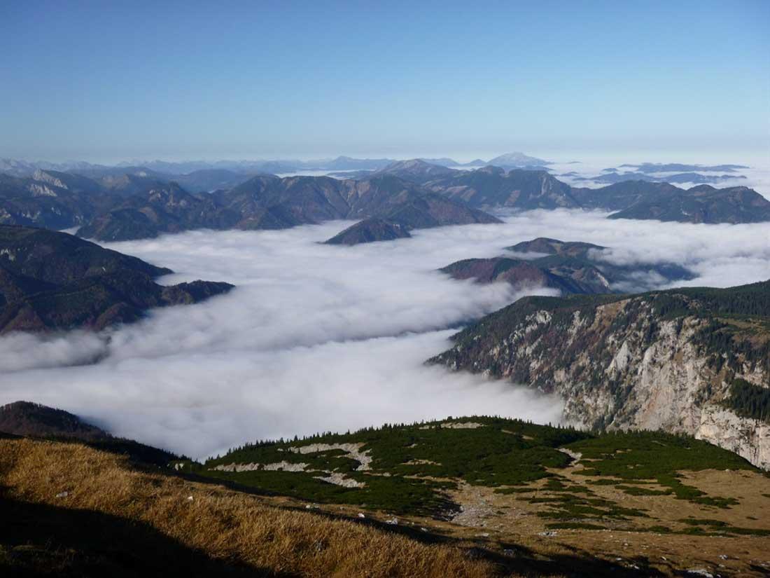 Herbstliche Inversion mit Talnebel