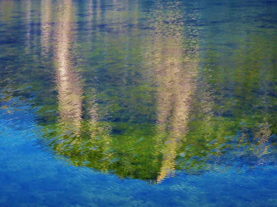Altausseersee mit gespiegelter Trisslwand
